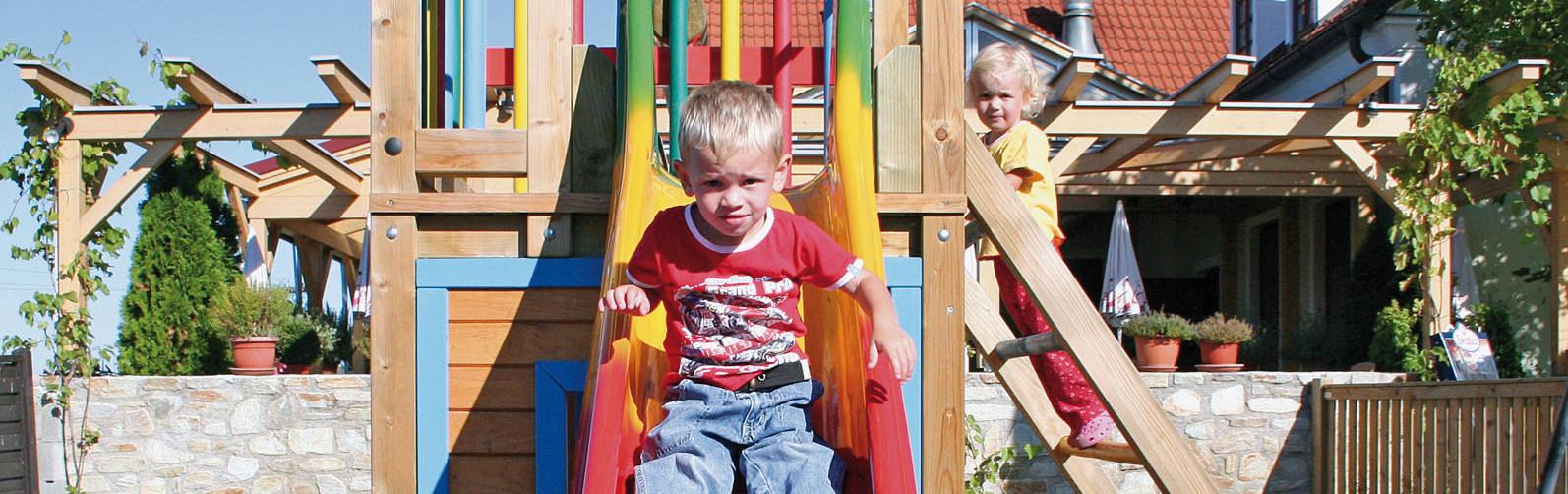Rehatschek_Kinderspielplatz_Kinder1